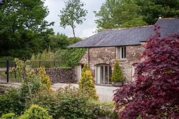7 English Cottages to Rent this Summer